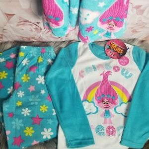 DreamWorks Trolls 3 Piece Pajama Set